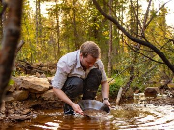 Gold panning in the wild